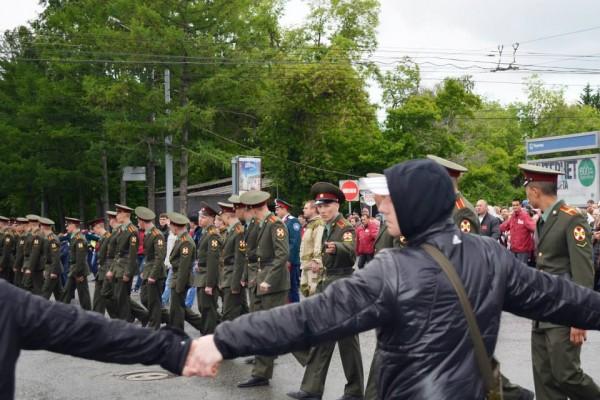 Православные курсанты института внутренних войск всегда готовы защитить православную науку!